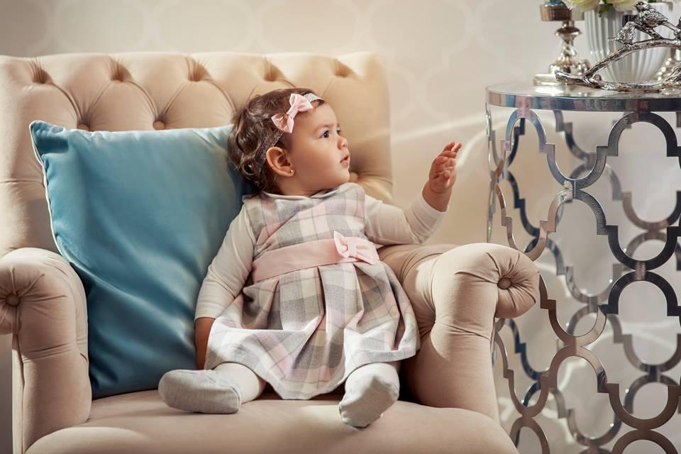 dziewczynka w sukience wójcik fashion