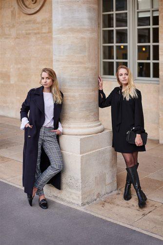 Kobiety w eleganckich ubraniach marki Mohito