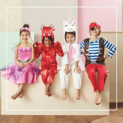 Dzieci w przebraniach strojach karnawałowych F&F