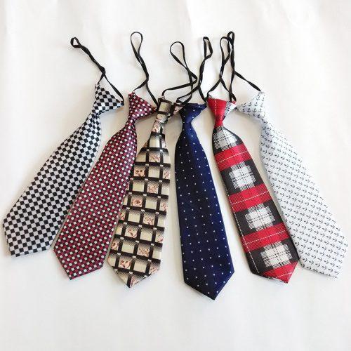 Krawat dla chłopca na wyjątkowe uroczystości