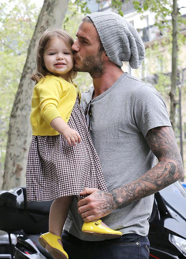 Harper Beckham, styl małych celebrytów