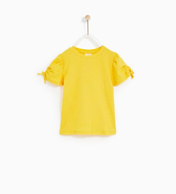 Ubrania w kolorze żółtym dla dzieci, hit sezonu