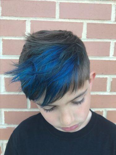 kolorowe włosy niebieskie włosy