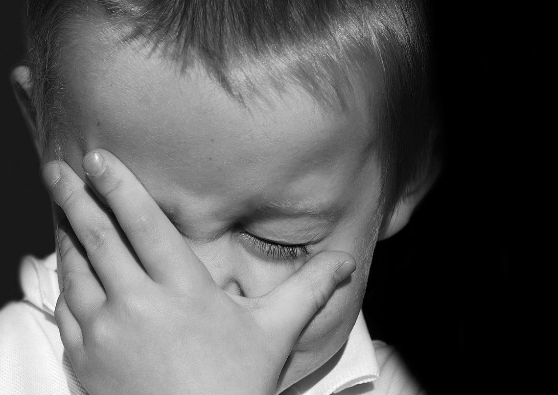 Co zrobić gdy dziecko gryzie?