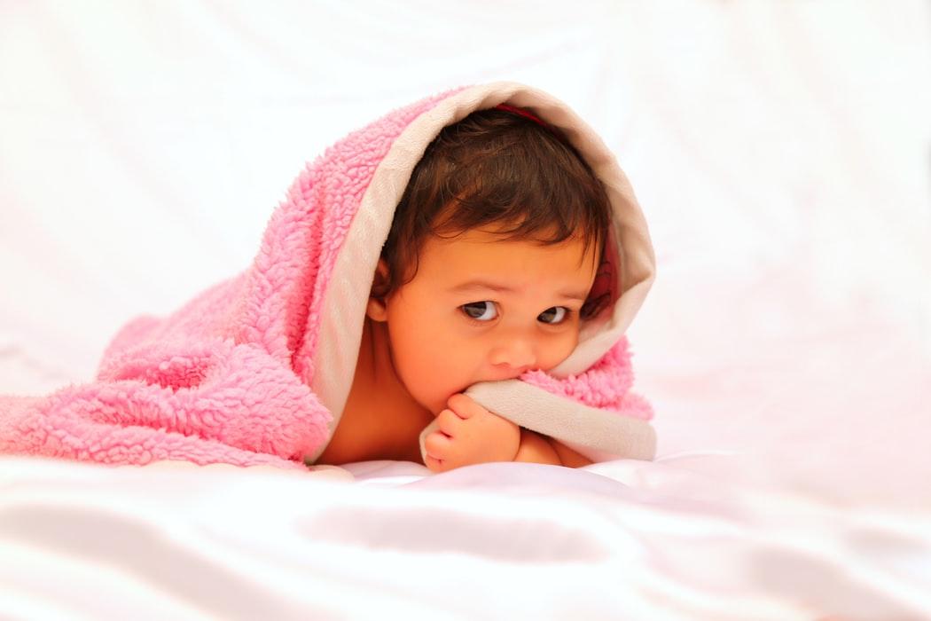 Przygotowujesz wyprawkę dla noworodka? Szukasz prezentu dla maluszka? Te akcesoria niemowlęce to absolutny must have